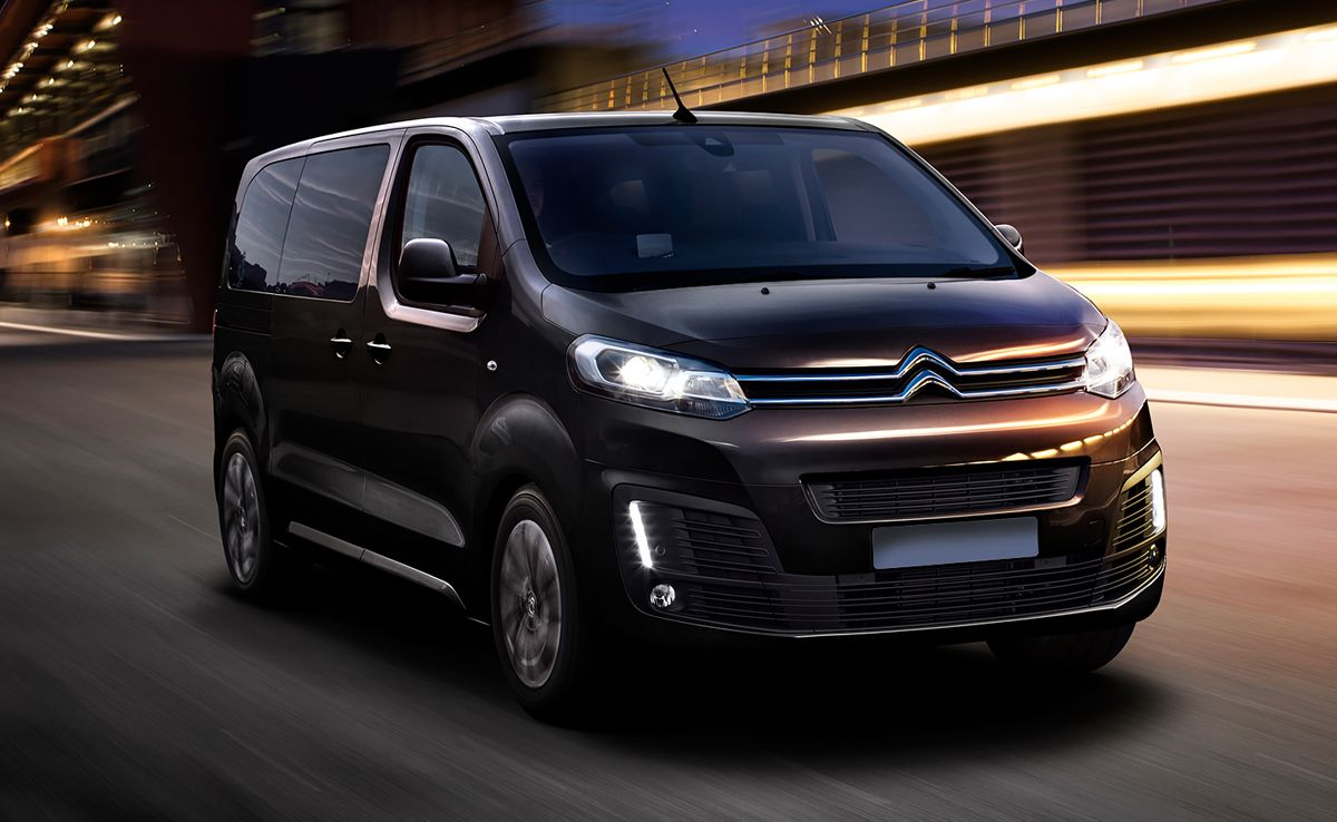 Citroen SpaceTourer - ponoči