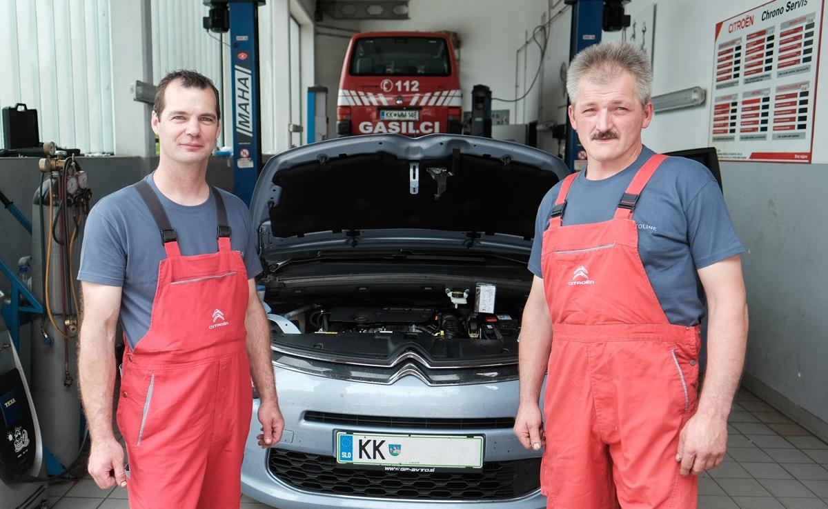 Preventivni pregled vozila - ekipa